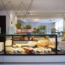 photo of le meridien frankfurt restaurant