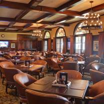 photo of nineteen & traditions at tpc sawgrass restaurant