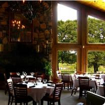 photo of four winds steakhouse restaurant