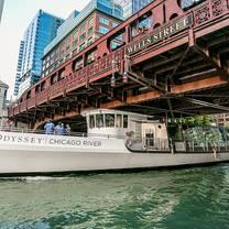 photo of odyssey cruises chicago river restaurant