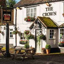 photo of the crown pub and restaurant restaurant