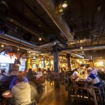 foto von the loose moose tap & grill restaurant