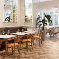 photo of terrace restaurant at crowne plaza edinburgh - royal terrace restaurant