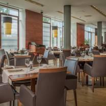 photo of the larder @ hilton reading restaurant