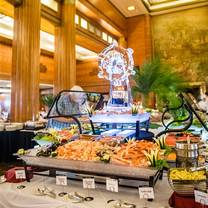 photo of queen mary royal sunday brunch restaurant
