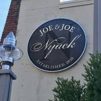 photo of joe & joe nyack, italian eatery restaurant