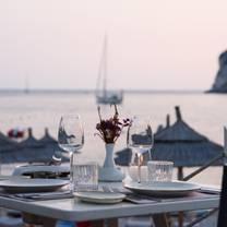 photo of akron restaurant
