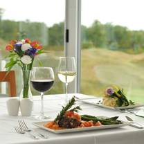 photo of the dining room at arcadia bluffs restaurant