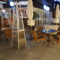 foto von summerset bar & restaurant restaurant