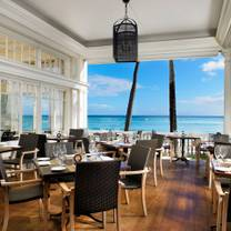 photo of beachhouse - moana surfrider restaurant