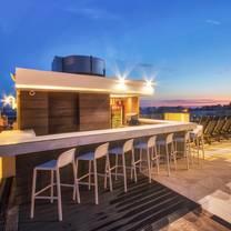 photo of top deck restaurant