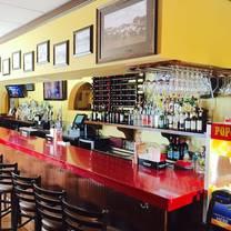 photo of fairfield's bar & grill restaurant