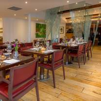 photo of the london carriage works restaurant