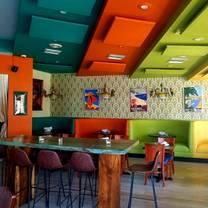 photo of hotsy-totsy bar & grill restaurant