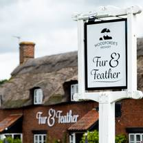 photo of woodforde's brewery tap at the fur & feather inn restaurant