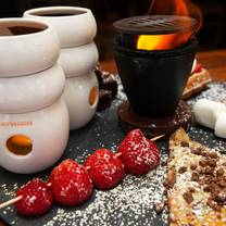 foto von max brenner - boston restaurant