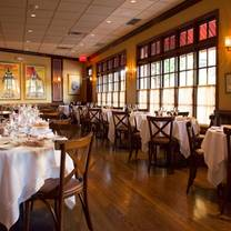 photo of lusardi's larchmont restaurant