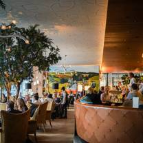 photo of queensyard restaurant
