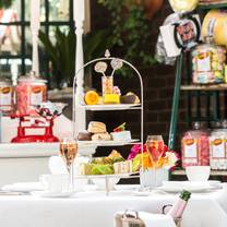 photo of afternoon tea at the chesterfield mayfair restaurant