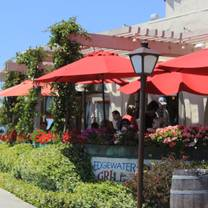 photo of the edgewater grill restaurant