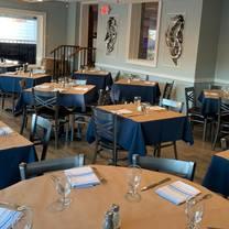 foto von nantuckets port jefferson restaurant