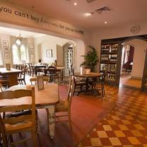 photo of the retreat pub & dining at the corner house restaurant