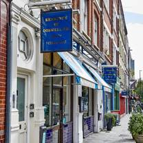 photo of kennedy's goswell road restaurant