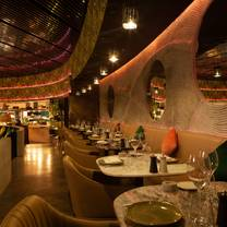 photo of restaurant verde - four seasons resort dubai at jumeirah beach restaurant