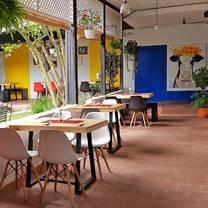 photo of restaurante mamalila restaurant