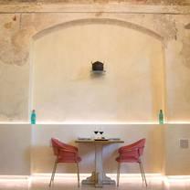photo of essenza dario e anna restaurant