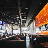 photo of republic gastropub - classen curve restaurant