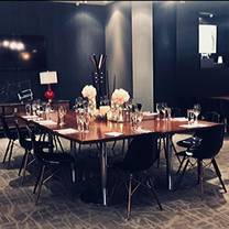 photo of the metropolitan restaurant