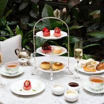 photo of palm court afternoon tea at kimpton fitzroy london restaurant