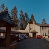 photo of the bannville hotel restaurant