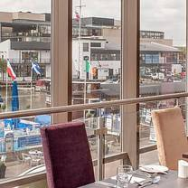 photo of the brayford view restaurant @ holiday inn lincoln restaurant