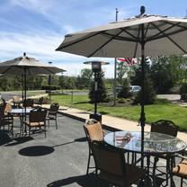 foto von 21 lake restaurant and bar restaurant