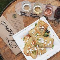 photo of treleaven wines restaurant