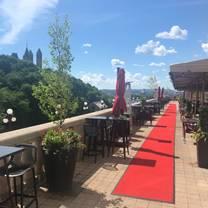 foto von terrasse- fairmont chateau laurier restaurant