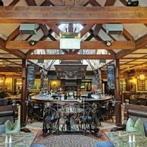 photo of main bar da vinci's hotel restaurant