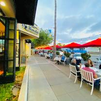 photo of bistro du marché by tapenade restaurant