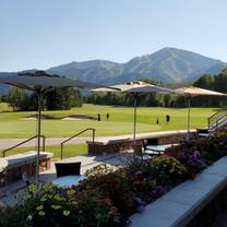 photo of sun valley club restaurant