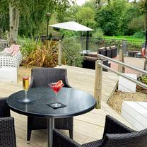 photo of riverside restaurant at crowne plaza stratford-upon-avon restaurant