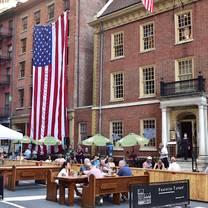 photo of fraunces tavern restaurant