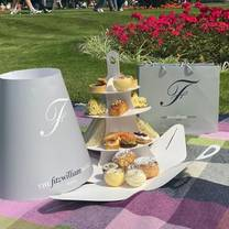 photo of afternoon tea to go at the fitzwilliam hotel dublin restaurant