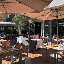 foto von atable restaurant