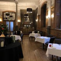 photo of the crown hotel restaurant