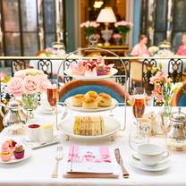 photo of afternoon tea at the lanesborough restaurant