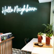foto de restaurante hello neighbour artusi by night