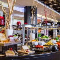 photo of le corniche at sofitel abu dhabi corniche restaurant