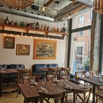 photo of pincette bar à homard restaurant